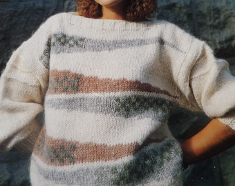"""Knitting Pattern Women and Girls Round Neck Jumper Bulky Wool 32-40"""" Vintage"""