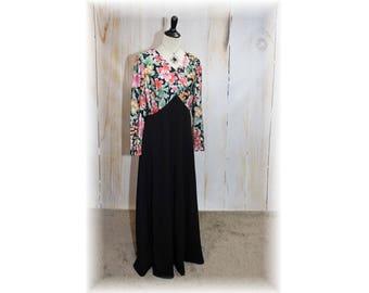 Long Sleeve Vintage Dress / 1960's-70's Polyester Dress / 70's Maxi Dress / Vintage Maxi Dress-Large (K128)