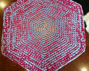 Cooling Lava: grannie's rag rugs have transmogrified into a form of art!