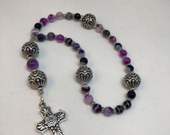Protestant Prayer Beads - Free gift chaplet with purchase -Anglican / Christian Prayer Beads / Purple Agate / Tierracast cross / Tierra Cast