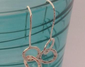 Silver circles threader earrings