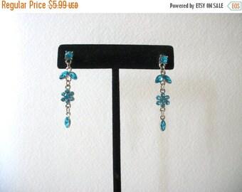 ON SALE Vintage Clearance Destash Silver Blue Rhinestones Earrings 112316