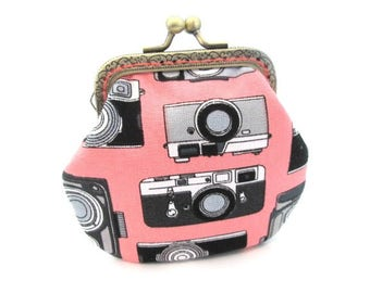 Camera snap pouch, cotton fabric, frame coin purse, bronze kiss lock clasp purse, metal frame change purse
