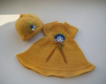 15-16 inch Waldorf doll clothes dress, clothing set, hand knit dress, hat.
