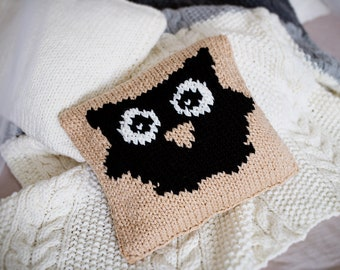 Owl Knit Pillow Cover, Beige Knit Cushion, Knit Throw Pillow, Good Housewarming Gift, Owl Knitted Pillow, Sweater Knit Pillow