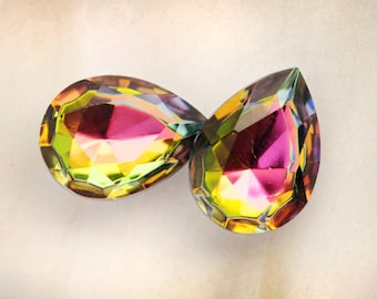 18x13mm Vitrail Medium Pear Teardrop Glass Jewels Gems Stones, Quantity 2
