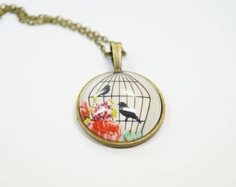 Necklace birdcage with birds