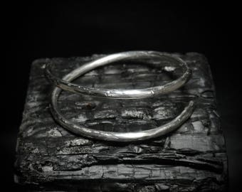 COIL Solid sterling silver hand-forged minimalist bracelet