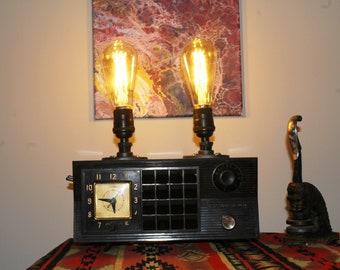 "The ""Admiral"" Tube Radio Lamp"
