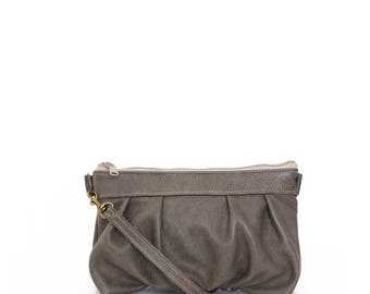 Ruche Crossbody Clutch in Smoke Taupe Gray Grey, Leather Clutch, Crossbody Clutch, Crossbody Bag, Clutch, Ready to Ship
