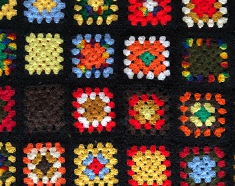 vintage 70s granny square 'Roseanne' afghan/ throw blanket