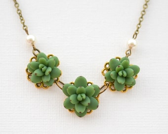 Trio Green Succulent Centered Necklace, Succulent Necklace, Succulent wedding Jewelry, Succulent Jewelry