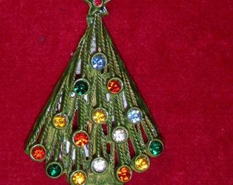 (16) 1950's Christmas tree PIN s