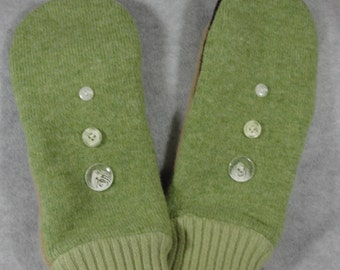 Recycled Wool Sweater Mittens with buttons