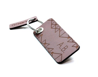 Personalized leather keychain - engraving name / initials / indiviual text - best birthday present! Brown / Black - vegetable tanned leather