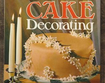 Vintage cake decoration book, Modern Cake Decorating by Audrey Ellis