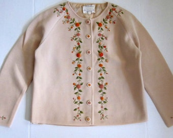 Barbara Lee Passport Collection Beige Lined Vintage Rose Sweater Size 16