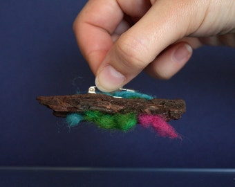 Abstract Bark Brooch with needle felted elements, handmade wooden brooch, eco pin, organic decor, natural pin, woodwork, wood crafted decor