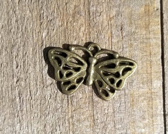 Antique Brass Detailed Butterfly 11mm Set of 5