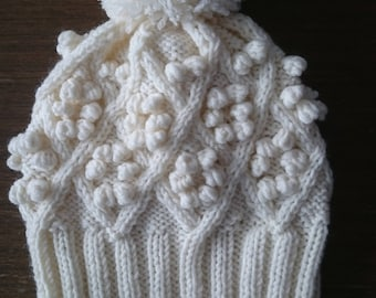 Knit beanie, Womens Pom Pom Hat, Pom Pom Beanie, Winter Hat,  Womens Hat, Knitted Hat, Hats for girls, Knit Pom Pom Hat, White Knit Hat, Hat