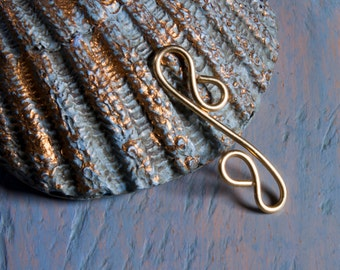 6 brass wire jewelry links, long s shape fancy links in 20ga wire, hand crafted jewellery supplies, artisan made to order, more available.
