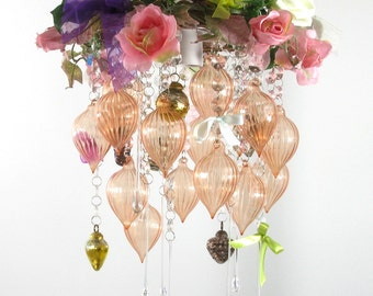 Shabby chic, vintage-style romantic crystal chandelier lighting