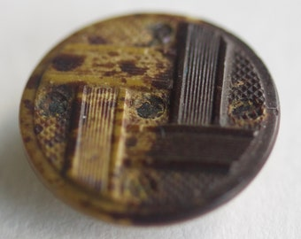 Composition Button With Basketweave Pattern