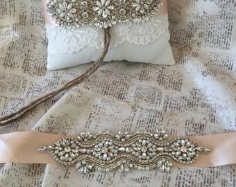 Rhinestone wedding sash, Blush wedding sash, Blush bridal sash, pearl wedding sash, vintage wedding sash, bling bridal sash