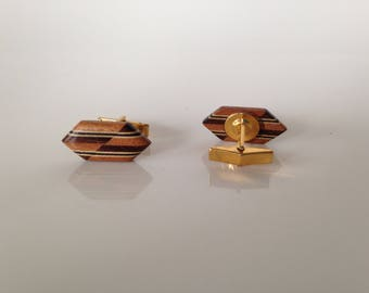 Wood and gold tone cuff links - vintage