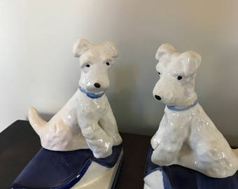 Vintage Dog/Scotties Bookends Dog sitting on book