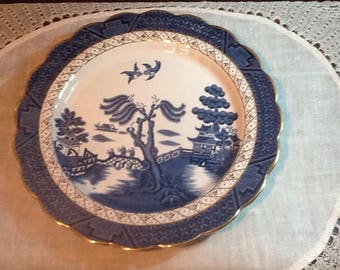 """Vintage, Real Old Willow, 10 1/4"""" Dinner Plate, Booth, A8025, England, scalloped edge, gold trim, collectible, country, cottage, oriental"""