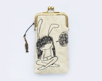 iPhone fabric Case gadget case/Glasses Case - Free Motion Embroidery bunny Girl (iPhone X, iPhone 8, iPhone 8 Plus, Samsung Galaxy S8 etc.)