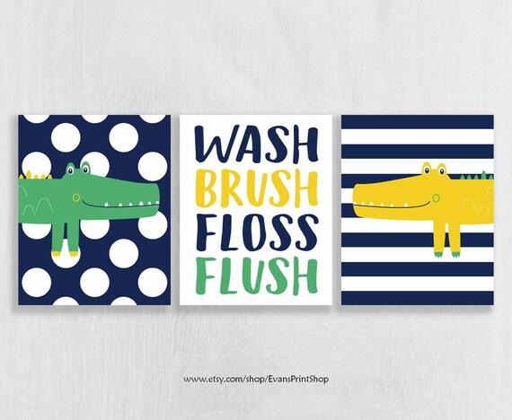 Superb CANVAS Alligator Bathroom Decor Wash Brush Floss Flush