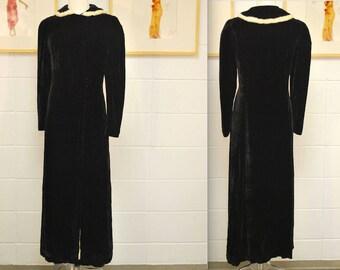 1930's Black Silk Velvet Opera Coat / White Fur Collar / Old Hollywood / Satin Lined / Rare Collectable Retro