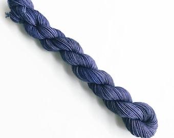 NAVY hand dyed yarn mini skein. sock fingering yarn, merino wool superwash knitting embroidery. sock mini 4 ply. nautical deep navy blu