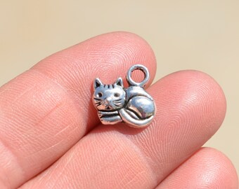 10  Silver Cat Charms SC1520