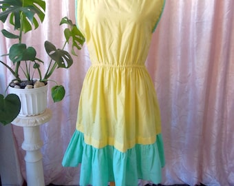 Summer vintage dress. Cotton. Pastel yellow and blue colours. Handmade / / dress vintage cotton. Summer. Pastel colors. Handmade