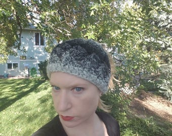 Messy bun hat// grey&black// pony tail hat// ready to ship// handmade// bad hair day// gift