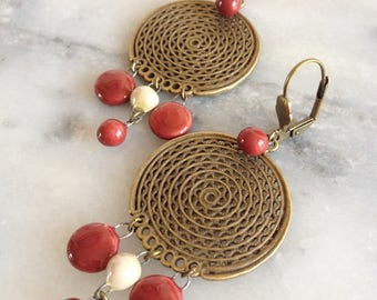 Earrings ethnic-inspired, handcrafted ceramic Burgundy and ivory, bronze metal.