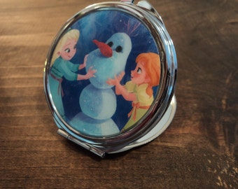 ELSA Disney 2 sided mirror purse compact