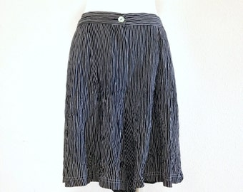 80s Black and White Striped Shorts with Elastic Waist Lounge Shorts Size Large XL