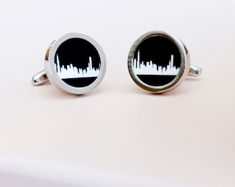 Chicago skyline on Cufflinks - Husband, Weddings, novelty cufflinks,  chicago silhouette fathers day gift for him