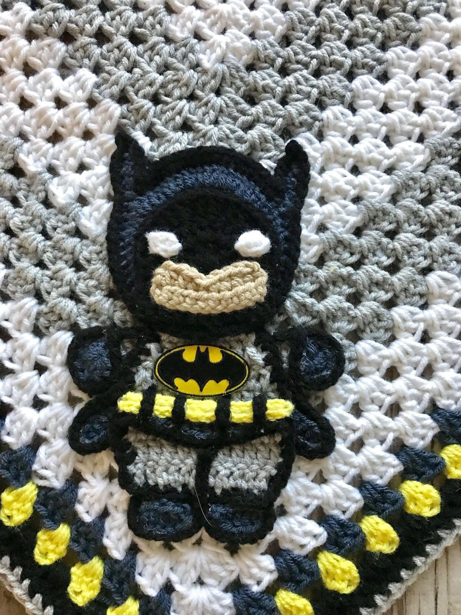 Excelente Crochet Patrón De Máscara Batman Viñeta - Manta de Tejer ...