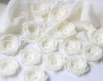 Ivory Wedding Flowers - Fabric Flowers - 3D Flowers - Wedding Dress Appliques - Floral Appliques - Floral Decor - Ivory Chiffon Flowers