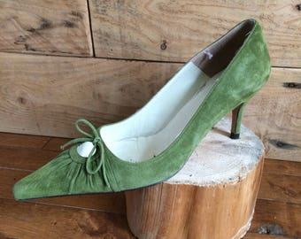 Pumps vintage L.K. Bennett pointed - olive green suede and leather pump 9 or 39 shoe in very good condition, 80's