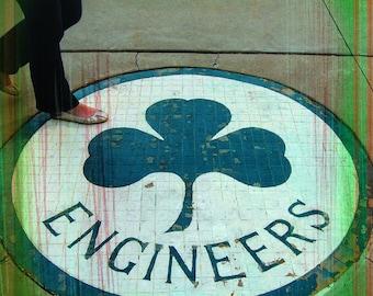 University of Missouri Coaster Collection: Engineers Circle (MU-6). Single stone coaster.