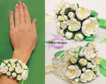 fresia bracelet, flower bracelet, olive jewellery, bride bracelet, olive corsage, bridesmaids bracelet, gift for her, mocha corsage, fresia