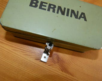Bernina presser foot for occasion gathers