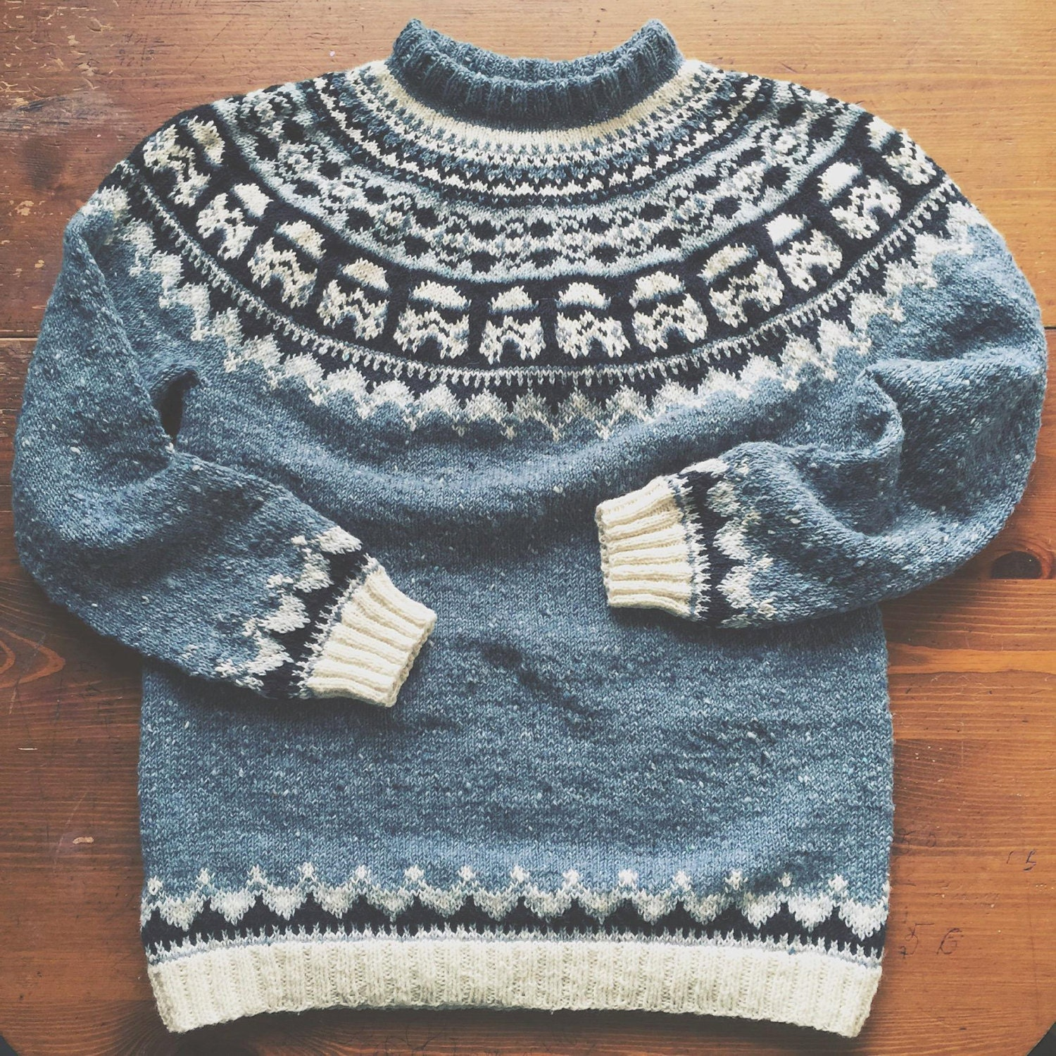 Knitting Pattern. SW Sweater with Storm Troopers Tutorial MEN