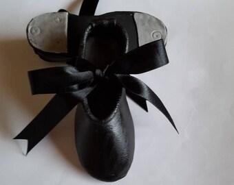 Handmade Edible Fondant Sugar Paste TAP Dance Shoes Cake Topper